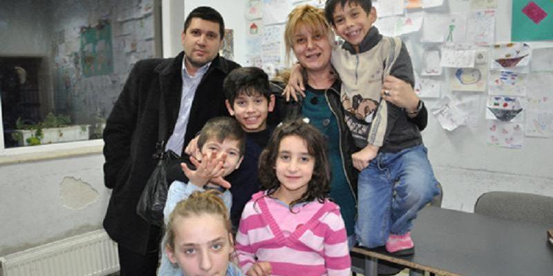 "20.12.2009 Фондация Ейнджълс прави дарение на Дом за деца ""Христо Райков"", Габрово"
